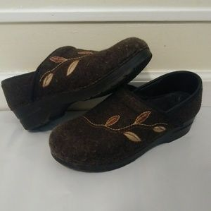 Dansko Embroidered Felt Nursing Clogs